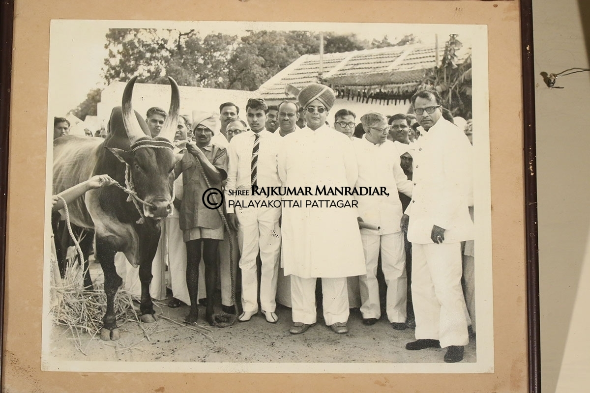 N.S.S.Mandradiar and President-to-be R. Venkatraman